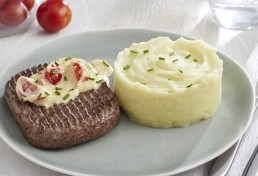 STEAK HACHE CREME DE MOUTARDE ET SA PUREE DE POMMES DE TERRE
